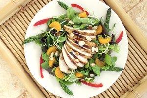 ¿Comer mucha proteína causa estreñimiento?