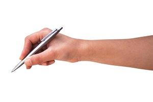 Cómo remover manchas de tinta de las manos