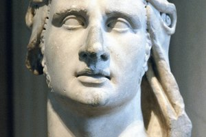 What Is Hellenism in Ancient Greek Culture?