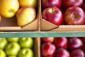 Buy apples in several colors to add variety to your dishes.