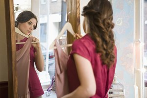 How to Pin a Dress to Fit Tighter