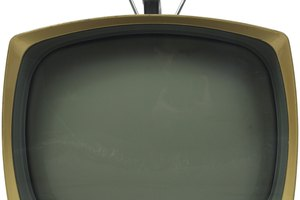 Conectar un antiguo televisor a un decodificador digital es una tarea simple.