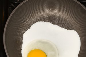 Can You Fry Eggs in Olive Oil?
