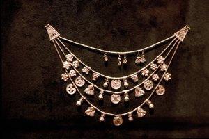 2ca1eaea1a38 ¿Puede arreglarse la cadena de un collar roto