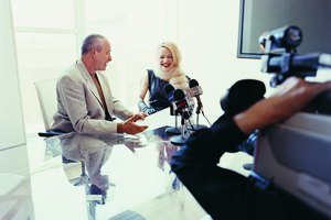 How to Conduct a Newspaper Interview