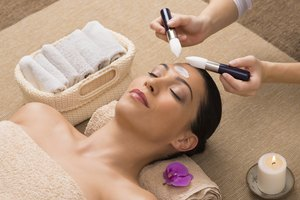 How to Tip Your Esthetician