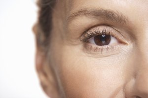 Best Ways to Change Eye Color Naturally
