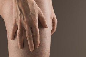 Cómo curar puntos negros en los muslos