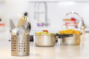 How to Sterilize Utensils
