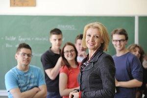 Differences in Micro & Macro Teaching