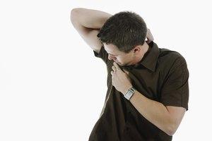 Cómo decirle a alguien que tiene mal olor corporal