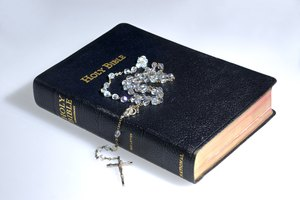 How to Choose a Catholic Bible