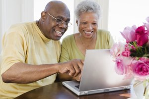 How to Find Volunteer Opportunities for Senior Citizens