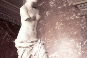 Interesting Facts on Ancient Greek Sculptures