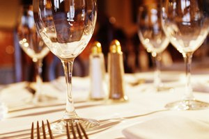 Restaurant Etiquette: Getting the Waiter's Attention