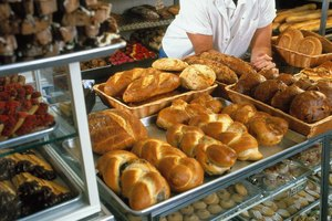 What Bachelor's Degree Would Be Useful in Owning a Bakery?