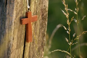 Why Do Protestants Not Have Jesus on the Cross?