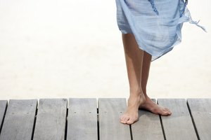 How Do I Treat Smelly Feet in Pregnancy?