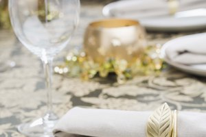 Table Setting Etiquette: Napkin Placement