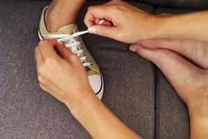 How to Bar Lace Your Chucks