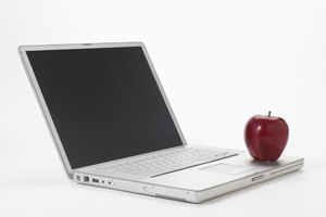 The Advantages and Disadvantages of Pursuing Education in a Distance Learning Environment