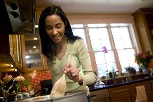 Cómo cocinar corazón de res en una olla de cocción lenta