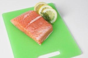 Cómo hornear salmón en el horno por libra