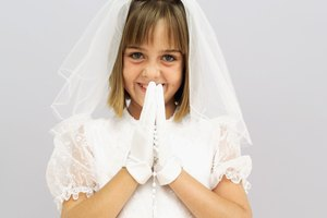 What Kind of Present Do You Give for First Holy Communion?