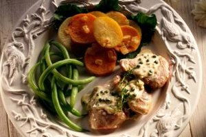 A simple meal of pork, green beans and potatoes is easy and healthy.