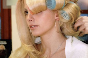 How to Do Glitz Pageant Hair