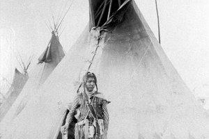 How Did the Plains Indians Build Their Teepees?