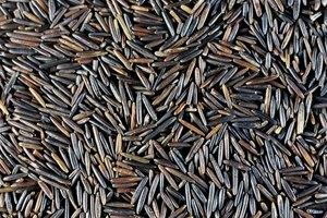 Cómo cocinar arroz negro salvaje