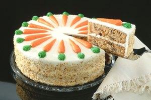 ¿Cuántas calorías hay en una rebanada de pastel de zanahoria?