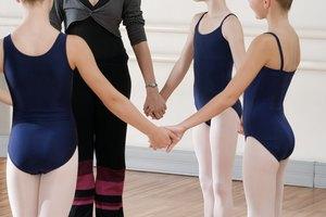 ¿Por qué algunas mujeres tienen el trasero plano?