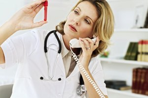 ¿Cuál es el rango normal de vitamina D en una prueba de sangre?