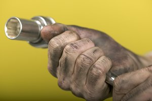 How to Get Car Grease Stains Off Your Hands