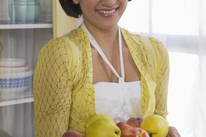What School Subjects or Courses Will Help Me Prepare for a Dietitian Career?