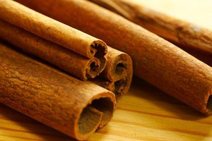 How to Use Cinnamon to Relieve Toothache