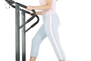 ¿Qué músculos se ejercitan cuando caminas en una cinta para correr inclinada?