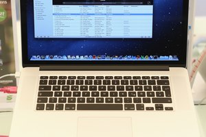 How to Prevent Users From Accessing a MacBook Pro Laptop