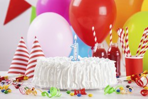 How to Make Whipped Icing for Birthday Cakes