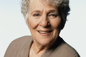 Short & Curly Hairstyles for Older Women