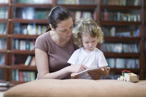 What Are the Advantages & Disadvantages of the Literature-Based Approach to Teaching Reading?