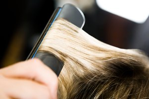 How to Crimp Your Hair With a Flat Iron