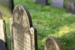 The Best Way to Clean Headstones