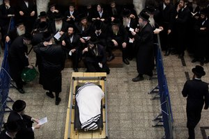 Burial Traditions of Orthodox Jews