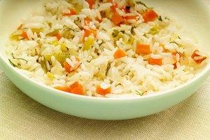 Cómo cocinar arroz precocido
