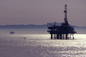 Oil Rig Jobs & Salaries