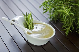 Ways to Thicken Salad Dressing