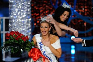 How to Attach a Pageant Crown